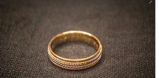 Wedding ring found by scuba diver Daniel Roark