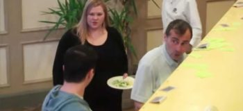 """Rude Customers Called Her """"Fat"""" in a Buffet; The Bystanders Reaction Will Amaze You"""