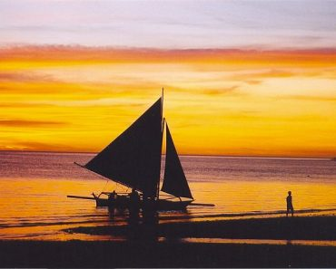 Top 10 Travel Destinations for Summer in the Philippines