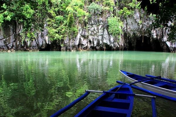 Underground_River_in_Puerto_Princesa,_Palawan