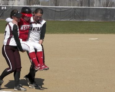 Player Gets Injured After Hitting a Homerun…Opponents Carry Her to Homebase!