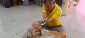 Man Has No Hands but Personally Takes Care of Bedridden Mom