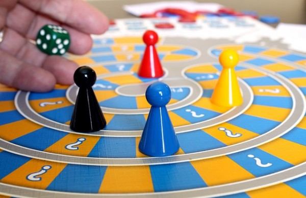family-game-588908_640