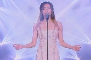 """This Woman's Perfect Rendition of John Legend's """"All of Me"""" is Amazing!"""