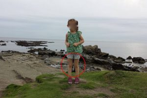 Samurai Ghost Allegedly Photobombs Girl's Picture Taken in Japan