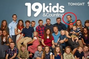 """Josh Duggar of """"19 Kids and Counting"""" Apologizes Amid Child Molestation Reports"""