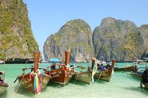 12,700 Employees of Another Chinese Company Enjoy Free 6-Day Vacation in Thailand