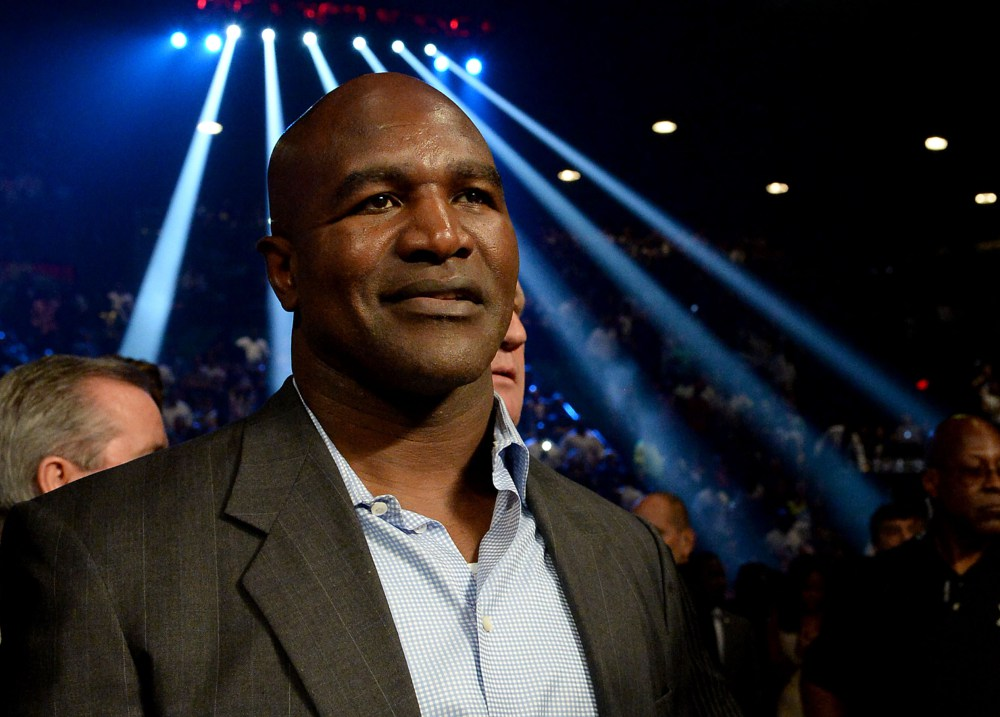 evander holyfield thinks pacquiao won the fight