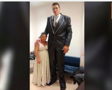 Giant Man Finds Love in a Small Woman