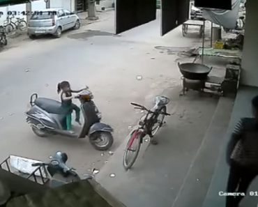 This Dad Regrets Leaving the Keys on the Scooter when Daughter Meets Accident