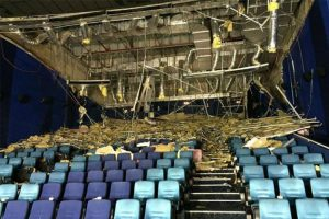 WATCH: Ceiling of Ayala Cinema in Cebu City Collapses