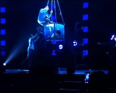 Criss Angel Struggles to Save Escape Artist after Illusion Act Goes Horribly Wrong