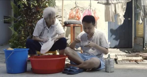 grandma buys 10,000 bowls of porridge