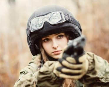 The World's Most Beautiful Soldier? She's Absolutely Gorgeous!