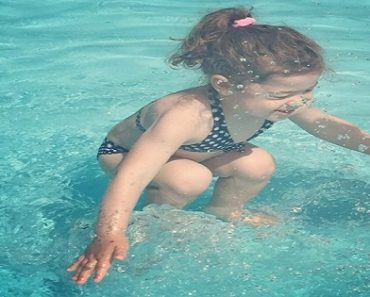 Viral Debate: Is This Girl Underwater or Still Jumping into the Water?