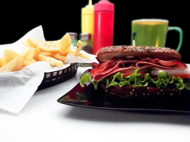 sandwich-837077_640