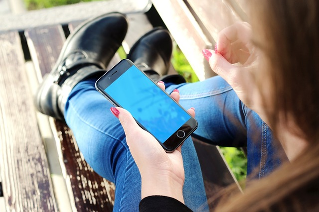 gross facts about mobile phone