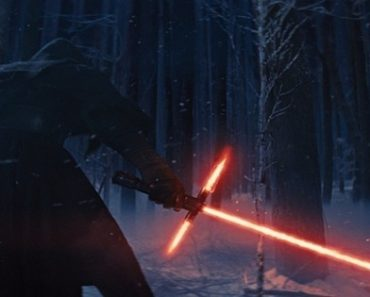 'Star Wars' Thrills Fans with Teaser Trailers and Exclusive Promos for Moviegoers