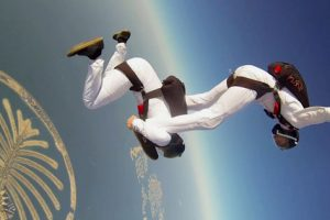 GoPro Captures Synchronized Skydiving Footage – And It's Really Captivating!