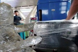 """Hilarious """"Solution"""" to Tanim Bala Incidents: Wrap NAIA Personnel in Plastic! LOL"""