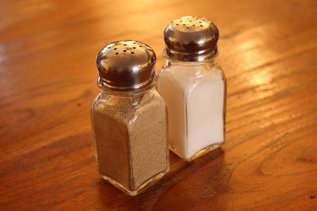 salt-993111_640