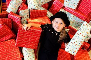This Little Girl Used Her Savings To Buy Gifts For Sick Children