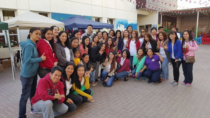 A group of happy OFWs from U.A.E. spending time together in Dubai. Photo Credit: Facebook / Sheila Zarraga