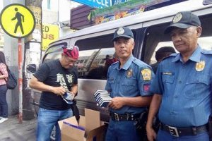 VIRAL: Netizen Shares Story of Cops Handing Out Free Bibles to Motorists