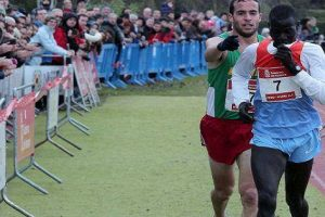 He Could Have Won the Race but This Guy Informs Lead Runner He Made a Mistake
