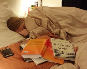 Photo of Sleeping Woman Goes Viral For Heartwarming Reasons