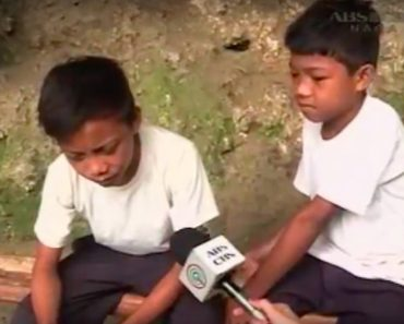 Young Brothers Living in Cave for Years Capture the Hearts of Netizens