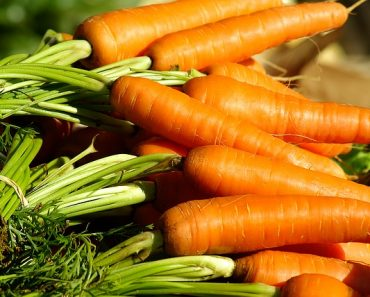 Eating Carrots Cuts Down Risk for Breast Cancer by 60%