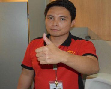 NAIA Janitor Returns Bag Containing $4,400 to Balikbayan Passenger