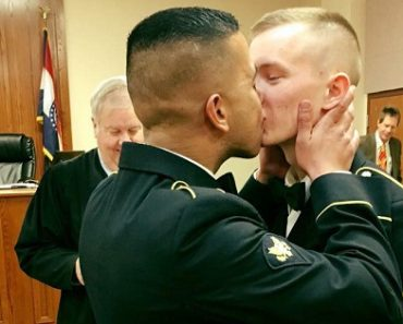 Photo of Newly Married Gay Military Couple Goes Viral
