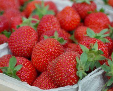 Top 8 Health Benefits of Eating Strawberries
