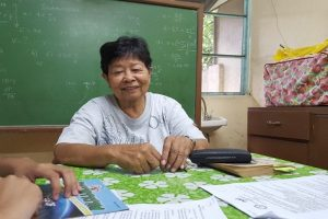 Retired Professor Continues to Teach Even with a Small Pay