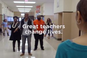 American Idol Finalist and Classmates Surprise Cancer-Stricken Former Teacher