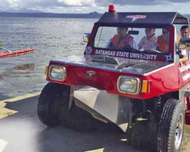 This Rescue Jeep From The Philippines Is Absolutely Awesome