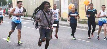 'Beggar-Runner' Earns Netizens' Admiration
