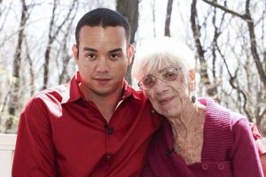 LOOK: This 31-Year-Old Guy Has 91-Year-Old Girlfriend