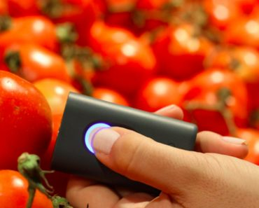 This Tiny Scanner Tells You What's Exactly In Your Food