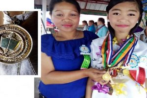 Valedictorians in this Mining Village Receive Real Gold Medals