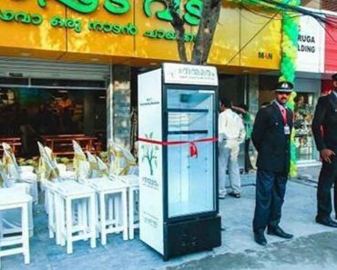 Restaurant's Outdoor Fridge Urges Customers To Leave Leftovers For The Hungry
