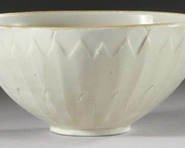 Bowl Purchased At Yard Sale Gets Auctioned for $2 Million