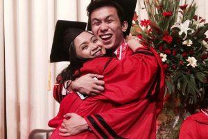 "Intelligent Couple Goes Viral Over ""REALationship Goals"" Graduation Photo"