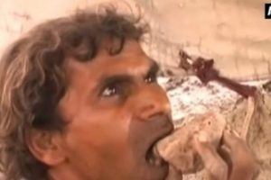 VIDEO: Man Eats Mud to Stay Healthy