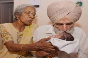 70-Year-Old Woman Gives Birth to First Baby with 79-Year-Old Husband