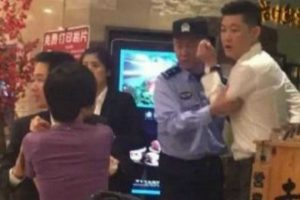 WATCH: Restaurant Manager Attacks Pregnant Woman after She Asked Him to Stop Smoking