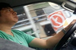 Driver Praised for Turning Van around for Pregnant Passenger Who Missed Her Stop