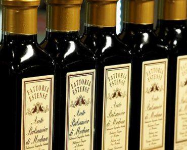 10 Unusual Medical Uses of White Vinegar